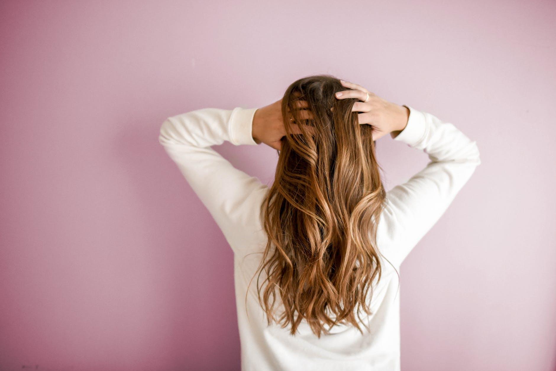 Coloration cheveux : optez pour le 100% végétal